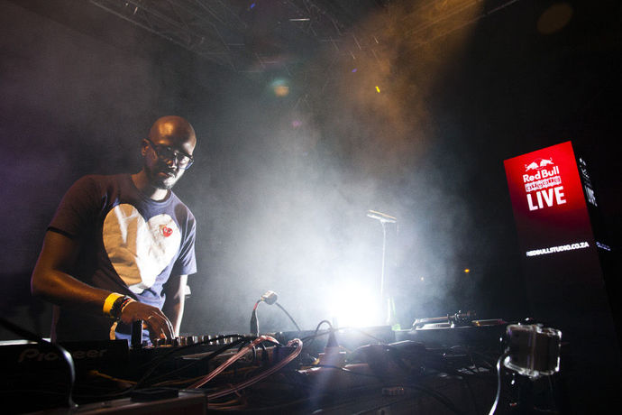 Dj black coffee booked for coachella mapmyway for Black coffee house music
