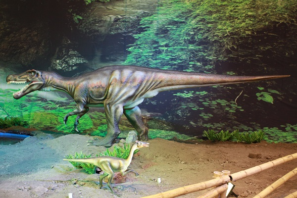 Dinosaurs to take Cape Town