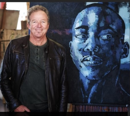 Heroes and Monochrome Dreams at Luni Art Gallery