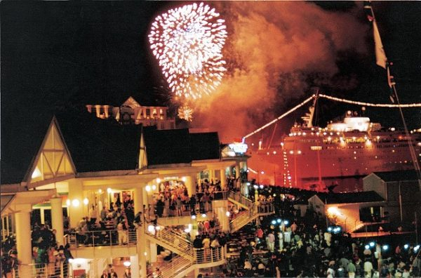 VA Waterfront, Fireworks, New Years Eve