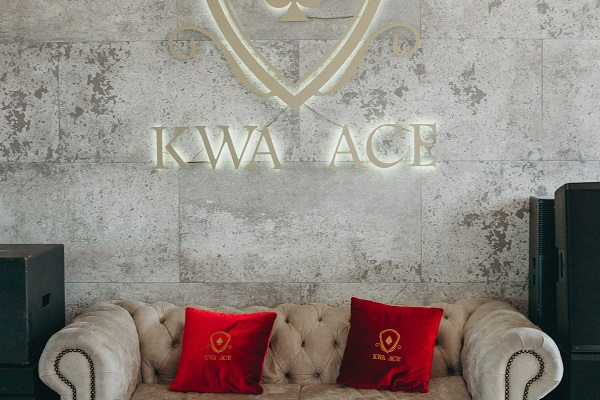 kwa_ace_interior_couch_web
