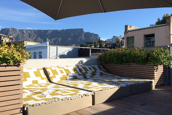 K-roof-terrace-view-on-Table-Mountain_resize